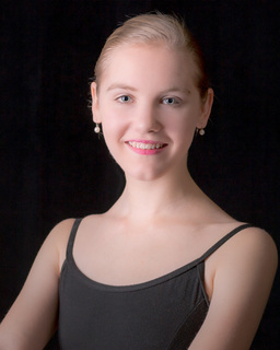 Photo of HALEIGH PIERCE - Guest Artist